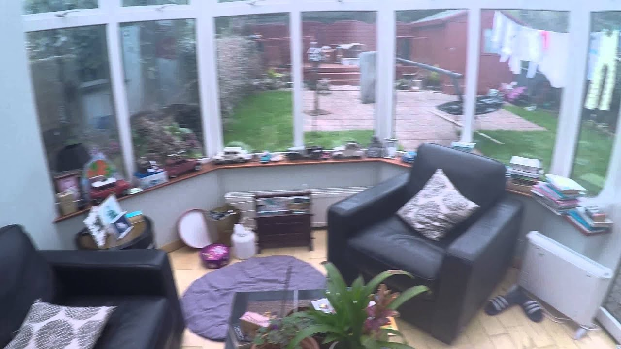 Two Comfortable Rooms in a Picturesque 5 Bedroom House with Garden in Killiney - Students or Professionals Only