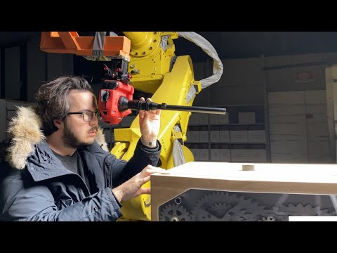 Using a Robot to Control a Macro Lens