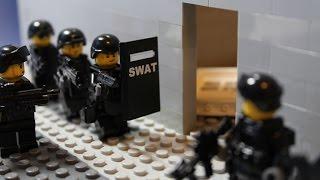 Lego SWAT - Breaching - dooclip.me