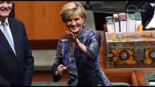 Julie Bishop's secret sign language to US Ambassador John Berry