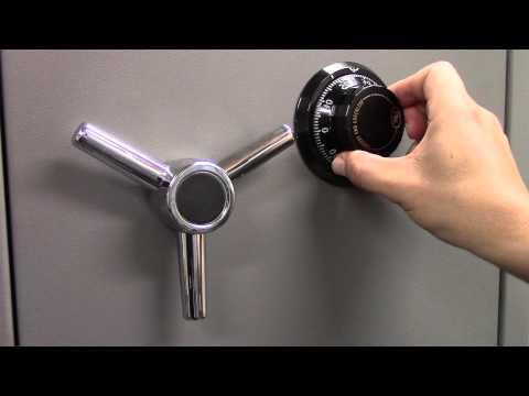 Instrucciones para abrir una cerradura de combinación mecánica