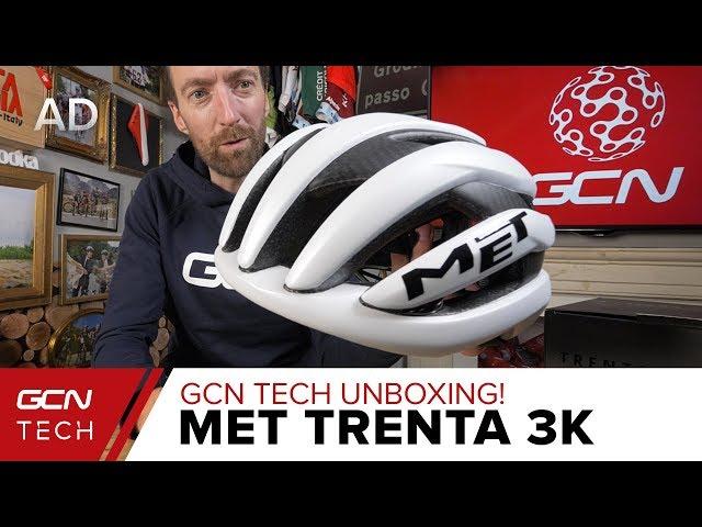 Видео Шлем MET Trenta 3K Carbon White Raw Carbon/Matt