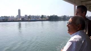 preview picture of video 'Travessia Ferry Boat Maputo Catembe  (1)'