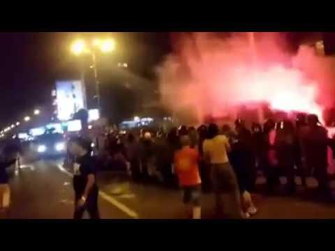Κόλαση στα Σκόπια: Διαδηλώσεις, ξύλο και τραυματισμοί για τη συμφωνία (Videos)