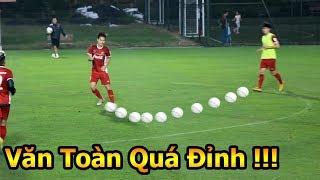 DKP đi xem Văn Toàn , Quang Hải , Hà Đức Chinh ĐT Việt Nam trổ tài tập đấu Malaysia AFF Cup 2018