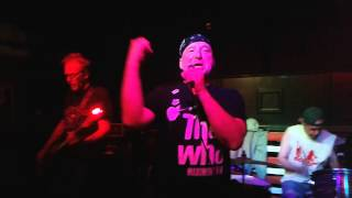 Angry Samoans - I'm A Pig (live in Reseda)