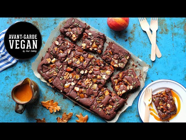 TOFFEE APPLE BROWNIE & CARAMEL SAUCE | @avantgardevegan by Gaz Oakley