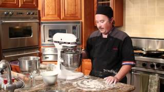 How to Make a Pizza Base With Self-Rising Flour : Tips for Making Pizza