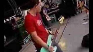 Blink 182 ~ Whats My Age Again, Live