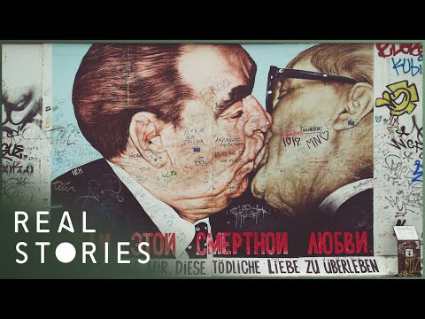 The Fall Of The Berlin Wall: What Happened? (Borders Documentary) | Real Stories