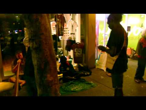 Aldaman - ALDAMAN & TIWI PEOPLE - Bungul on Mitchell street (Darwin 2013)