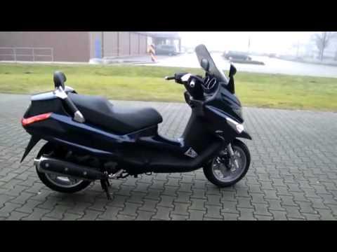 Piaggio XEvo 400-11 Roller/Scooter