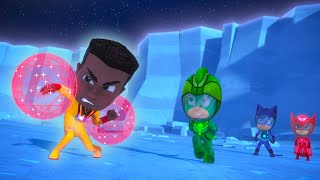 Meet NEWTON STAR ⭐️  Missions on the Moon | PJ Masks Official
