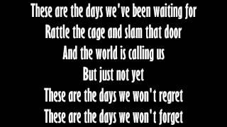 Avicii - The Days (Lyrics/Letra)