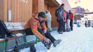 How to put ski boots on