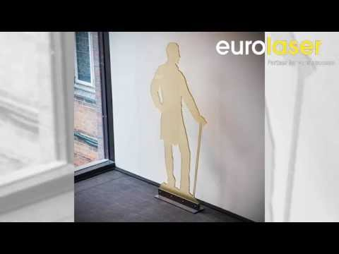 Large-format acrylic figures | Laser cutting