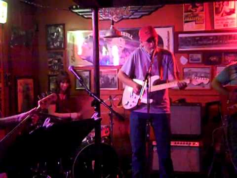 Whip & Tickle - I'm Gonna Dance - Live at the Smiling Skull Saloon 2012-06-01