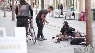 Homeless Honesty Experiment - Social Experiment With Homeless