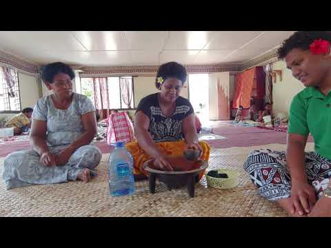 4 What to do at Malolo Island Resort? Join me on a Village Visit in Fiji