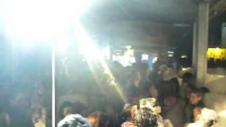 preview picture of video 'FIESTA DE LA ESPUMA EN BYCENT DISCO VERANO 2009 (01/02)'