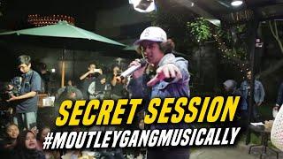 Gambar cover Aku Rindu Secret Session, Behind The Scene! #MoutleyGangMusically
