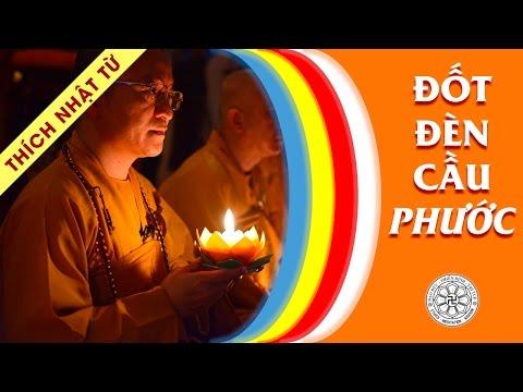 Đốt đèn cầu phước (08/02/2011)