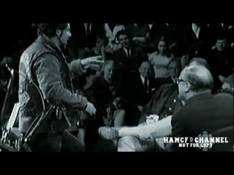 Hunter S. Thompson being confronted by a Hell's Angel for intervening in a wife/dog beating