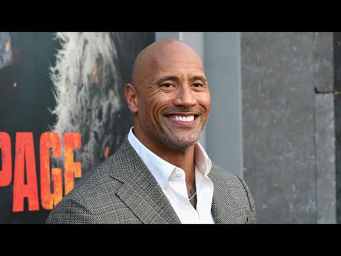 Dwayne Johnson Reveals His Emergency Plan if Baby Girl Is Born While He's Working in Shanghai (Ex… (видео)