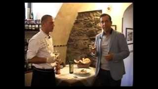 preview picture of video 'Trattoria La Curt: Ricetta Tagliatelle Di Segale Con Gamberi E Porcini'
