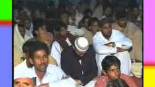 preview picture of video 'naat khuan mahboob(iskanderabad).mp4'
