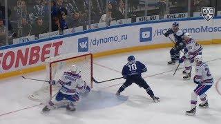 Alexeyev scores off Moiseyev feed