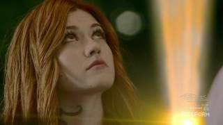 "Shadowhunters 2x06 ""Izzy Spys on Clary"" Scene Season 2 Episode 6"