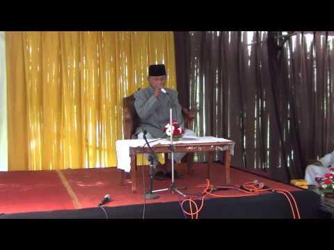 pembacaan ayat al-quran pada upacara khiatanan