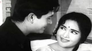 Dil Beqarar Sa Hai - Joy Mukherjee, Vaijayanti   - YouTube