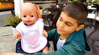 Беби Бон близнецы на прогулке. Видео для детей