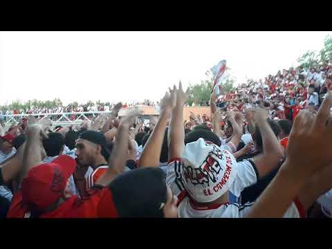 """""""Esta es la banda loca del millonario - previa de los borrachos del tablon supercopa 2018"""" Barra: Los Borrachos del Tablón • Club: River Plate • País: Argentina"""