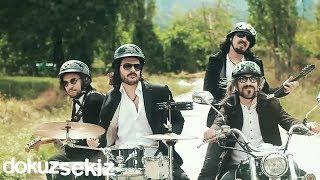 Necati Ve Saykolar - Fırtına (Official Video)