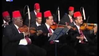 تحميل اغاني أغنية الشرف الباذخ - كورال معهد كلية الموسيقى والمسرح MP3