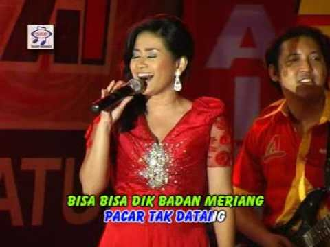 Ikke Nurjanah - Padang Rembulan ( Official Music Video ) Mp3