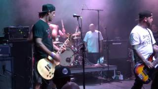 "Guttermouth supporting face to face....""""the one where mark falls off the front of the stage"""".."
