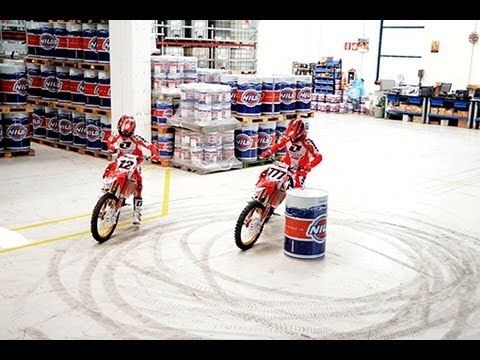 Honda World Motocross skids and wheelies - Nils factory visit