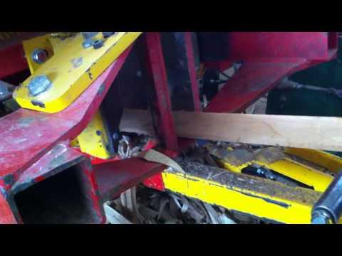 Хидравлична машина за острене на колове