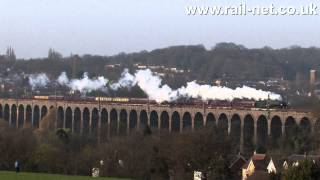 preview picture of video 'Tornado crossing the viaduct at Welwyn North'