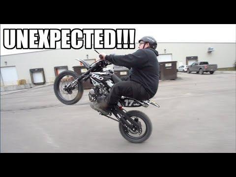 The $600 Tao 125 Dirt Bike Is A Chinese Beast!!!