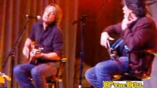 """Keith Urban """"Sweet Thing"""" Surprise Appearance at """"Country Cares for St. Jude Kids"""""""