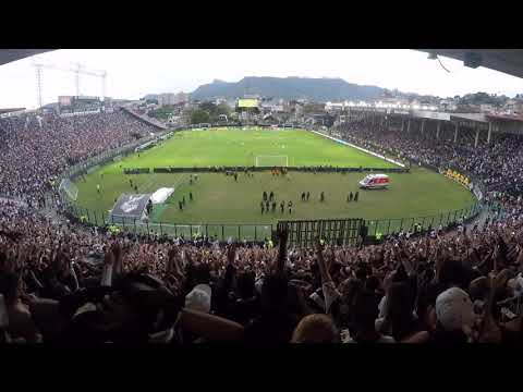 """""""TORCIDA DO VASCO - Vamos vibrar meu povão, é gol, é gol - Vasco 2x0 São Paulo(2)"""" Barra: Guerreiros do Almirante • Club: Vasco da Gama"""