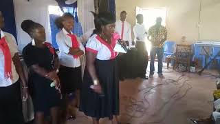 preview picture of video 'KITACS VOICES on it again at bunyore-mlimani Easter holiday 2019. Praising God in an African way(3)'