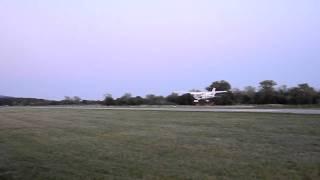 preview picture of video 'Landung von Thomas Morgenstern in Stockerau'