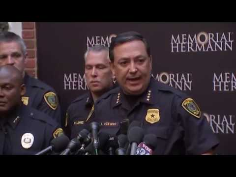An attempt to serve a search warrant at a suspected drug house quickly turned into a gunbattle that killed two suspects and injured five undercover narcotics officers, including four who were shot, Houston's police chief said Tuesday. (Jan. 29)