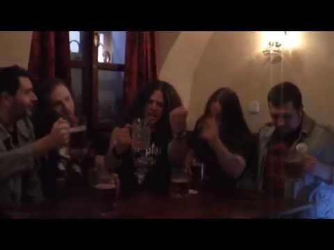 """Decilitr Rumu - DECILITR RUMU - """"Pivo je svatý"""""""